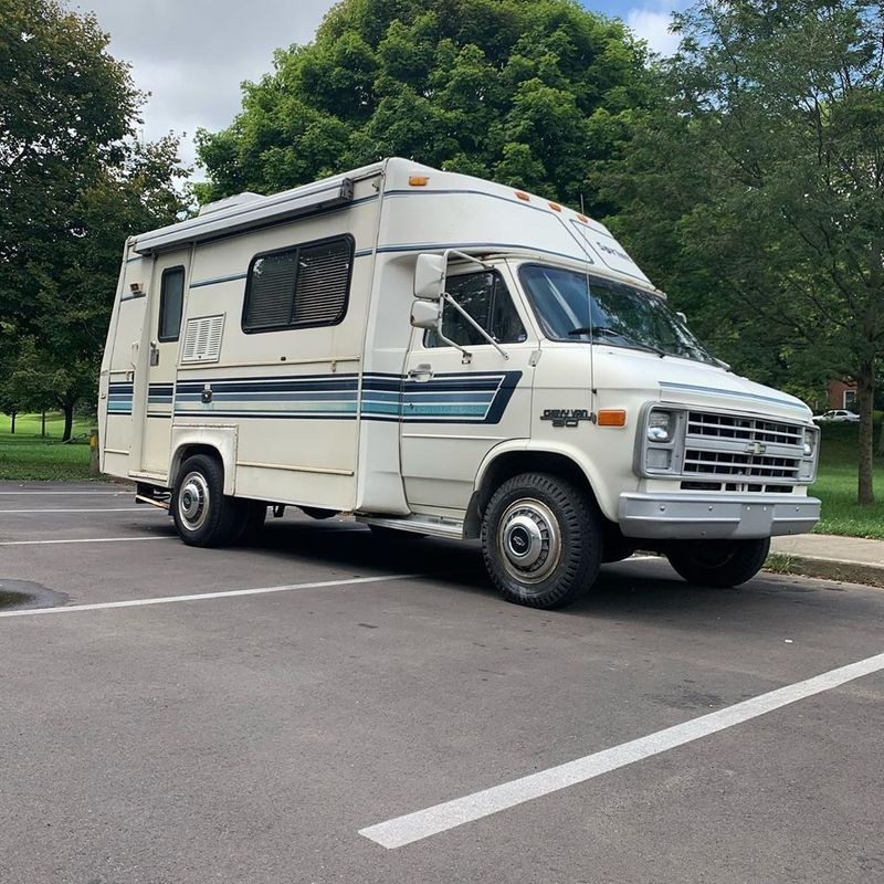 Picture 2/10 of a 1989 Chevy G30 Mallard Sprint Campervan for sale in Columbus, Ohio
