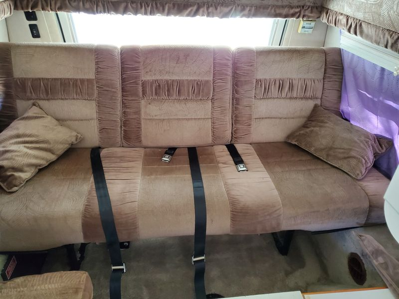 Picture 2/13 of a 2001 Dodge Wide Body 192 Coach House for sale in Sacramento, California