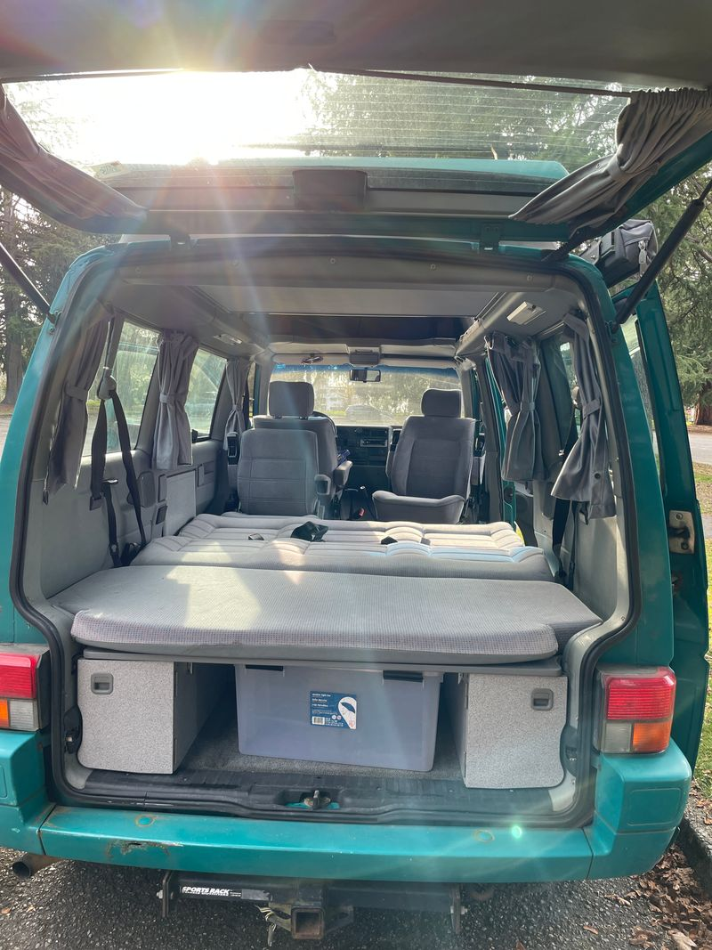 Picture 5/9 of a 1993 Eurovan Weekender  for sale in Seattle, Washington