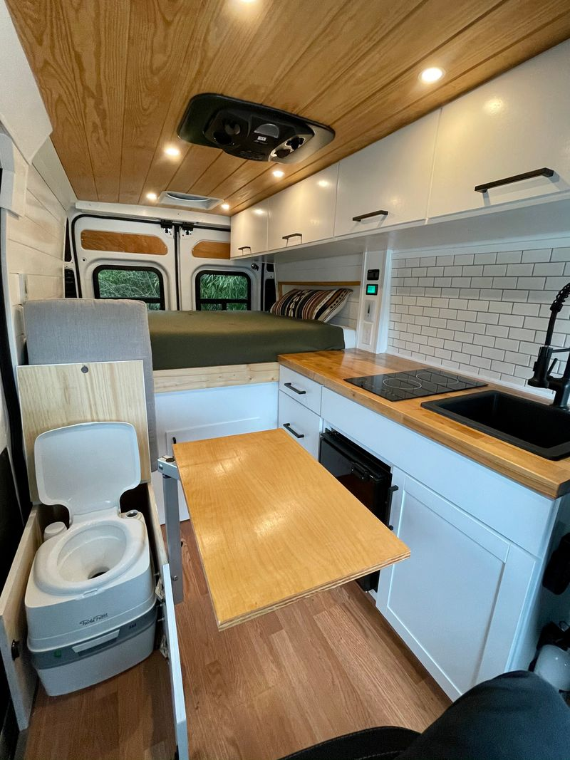 Picture 5/9 of a 2020 Ram Promaster 136 for sale in Nashville, Tennessee