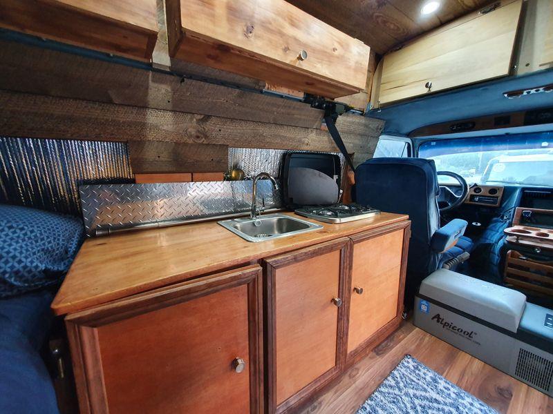Picture 5/8 of a 1992 GMC Vandura Camper Van for sale in Santa Cruz, California