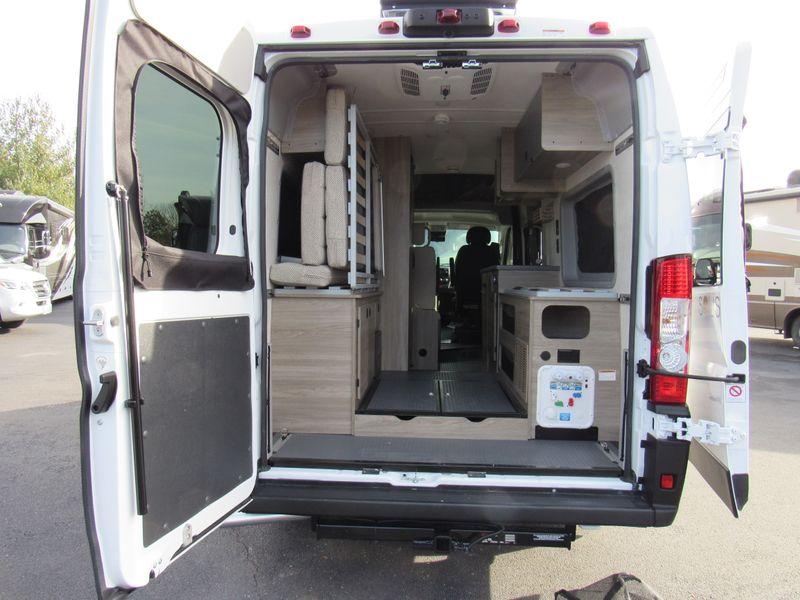 Picture 5/26 of a 2021 Winnebago Solis 59PX - 3804 for sale in Saint Louis, Missouri