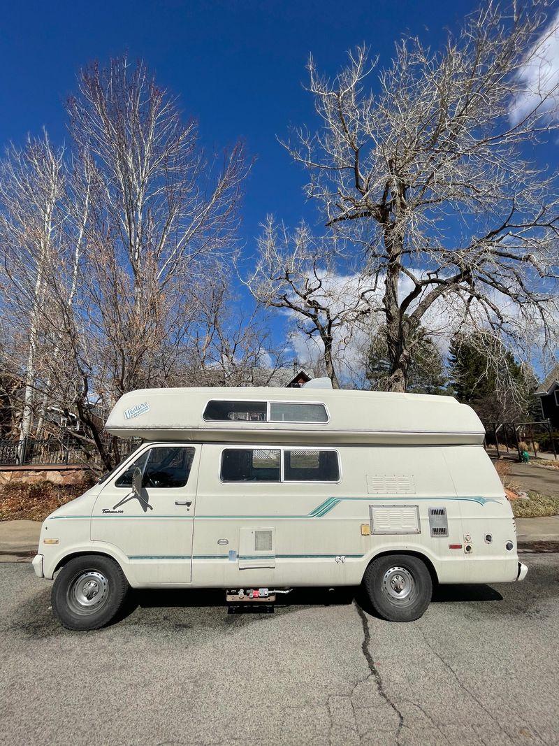 Picture 2/39 of a 1976 Dodge Tradesman b200 campervan  for sale in Boulder, Colorado