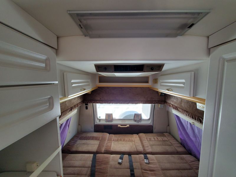 Picture 3/13 of a 2001 Dodge Wide Body 192 Coach House for sale in Sacramento, California