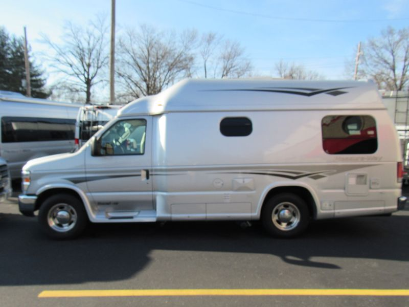 Picture 2/16 of a 2012 Pleasure-Way Excel TS - Stock #3937 for sale in Saint Louis, Missouri