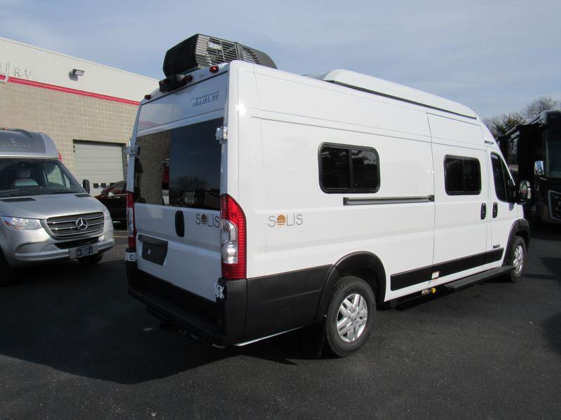 Picture 6/26 of a 2021 Winnebago Solis 59PX - 3804 for sale in Saint Louis, Missouri