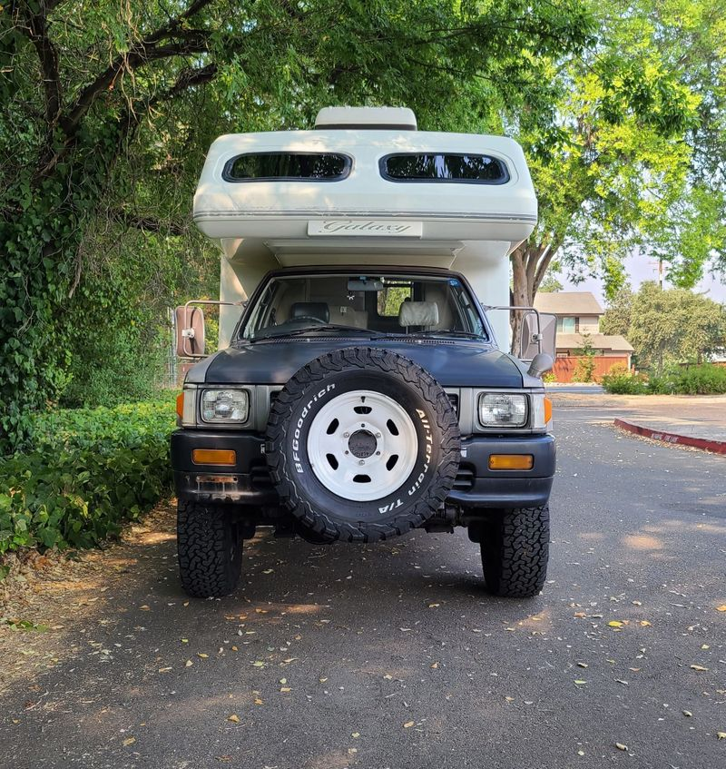 Picture 4/25 of a 1993 Toyota Hilux Galaxy LN-106  for sale in Sacramento, California