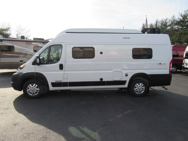 Picture 2/26 of a 2021 Winnebago Solis 59PX - 3804 for sale in Saint Louis, Missouri