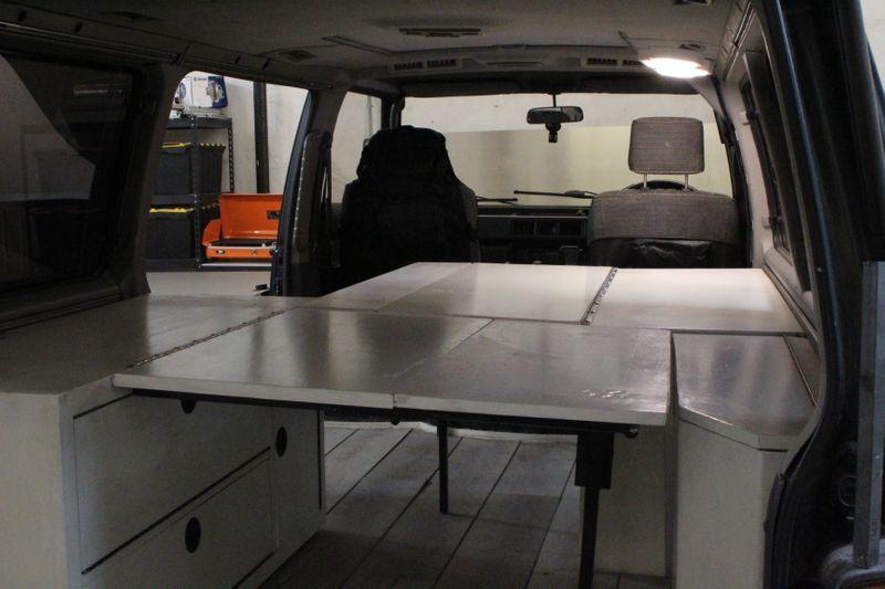 Picture 4/16 of a 1993 Mitsibishi Delica Overland Camper Van for sale in Philadelphia, Pennsylvania